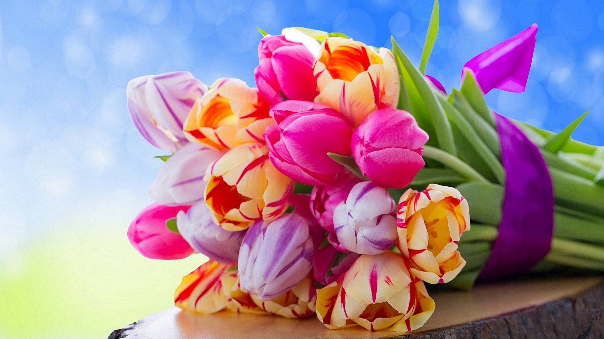 20% off Florist Choice Bouquets – Arena Flowers Voucher Code